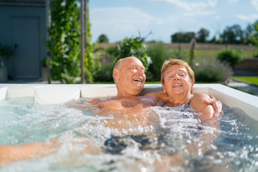 health benefits of a hot tub at home